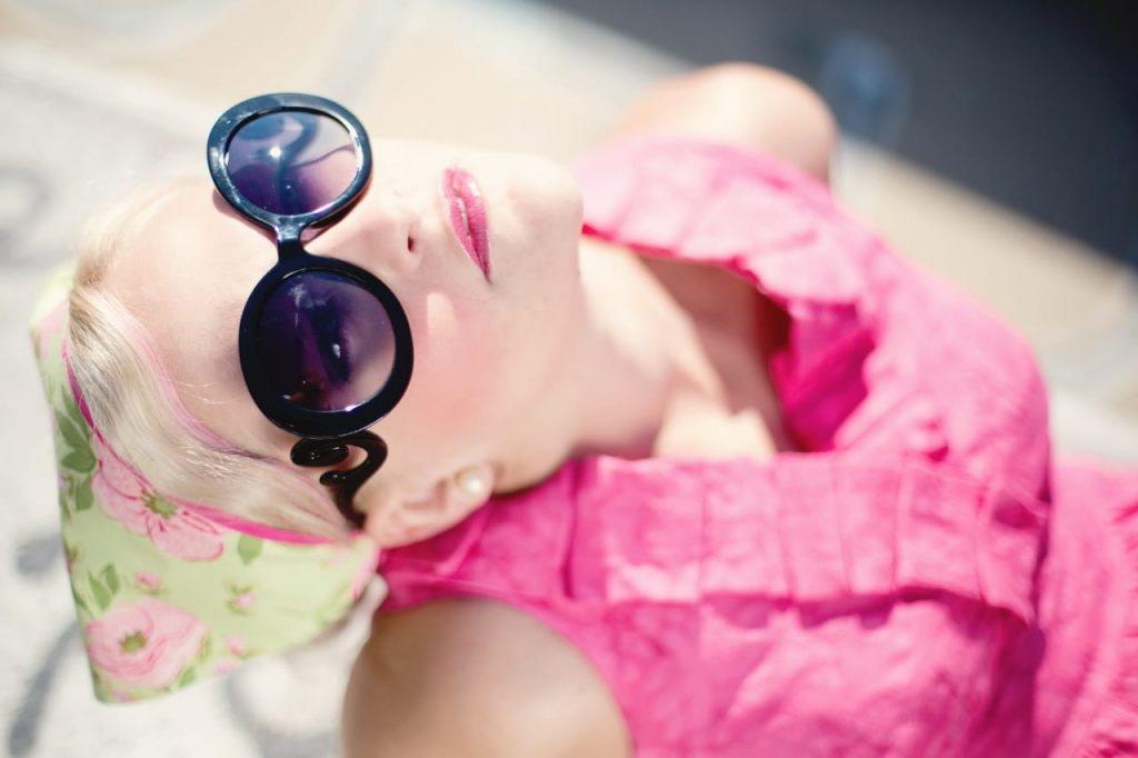 Sunglass image