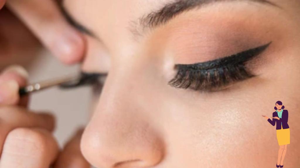 How to Apply Eyeliner, kajal, and mascara?
